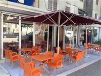 Bar Kafe ne Tirane