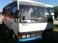 Pjese kembimi te nje minibus-i Hyundai Chorus