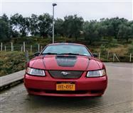 Shitet makine Ford Mustang 1999,automatike