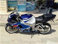 Suzuki gsx 1000r -01