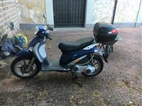 Shes Piaggio Liberty 200