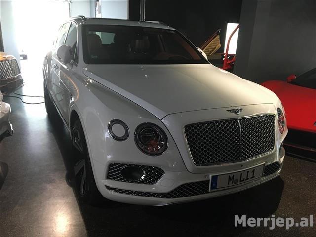 Mercedes-Benz-G63-AMG-