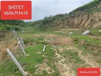 Shitet truall 1000m2, ne Llixhe, Elbasan.