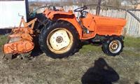 Traktor Kubota 2202