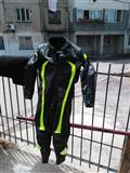 Kostum motorri i ri i pa veshur