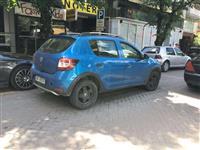 Makina ekonomike me qera: Dacia Stepway