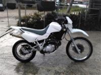 MOTORR YAMAHA  XT600 -00