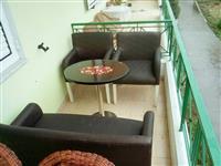 Kulltuqe dhe tavolina te pershtacme per loka