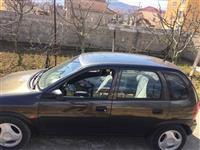 Opel corsa  1.4 benzine