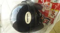 Helmet per motorra