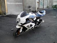 Suzuki K8 1000cc