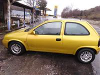 Shitet Opel korsa