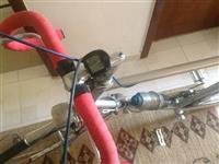 Biciklet kursi ose nderrohet