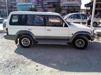 Mitsubishi Pajero benzin