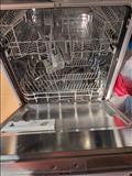 Shitet lavastovilje