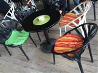 Karige dhe tavolina