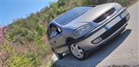 Opel Zafira 2002 - Shitet/Nderrohet