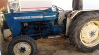 Shtitet Traktor 3000Ford