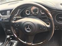 Pjese kembimi per Mercedes Benz
