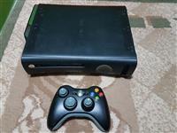 Shitet Xbox 360 me 7 lojra