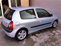 Renault Clio 1.4 16V -02