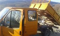 Kamioncin vet shkarkuse