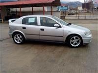 Shitet Opel Astra -01