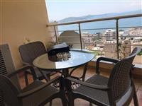 Shitet Super Apartament me pamje ballore nga deti