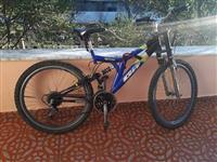 Biciklete 2 muaj e perdorur .
