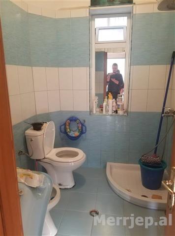 Shitet-apartamenti-1-1-te-shkolla-e-KUQE