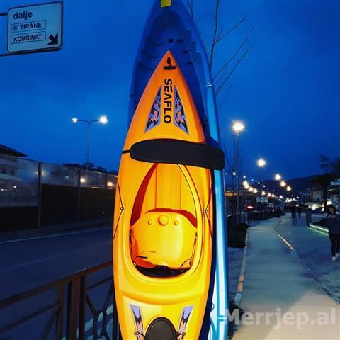 Water-Sport-Kayak-te-pershtateshme-dhe-per-Biznes