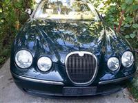 Jaguar S Type -04