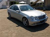 Mercedez-Benz c220