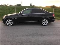 She's Mercedes-Benz c 200 viti 2008