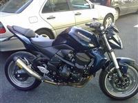 Kawasaki Z750 thjesht i papam