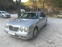 Mercedes Benz shitet+ Nderohet,+ -