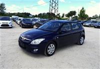 U SHIT Hyundai i 30 1.6 CRDI viti 2009
