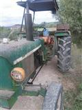 Traktor ne gjendje Pune