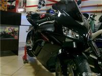 Honda cbr1000rr -05
