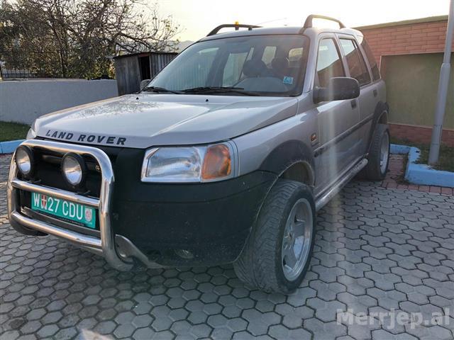 Land-Rover-