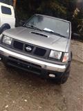 okazionnnn Nissan 4x4