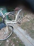 Shitet Bicikleta japoneze