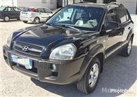 Hyundai Tucson shitet ose nderohet