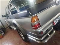 Mitsubishi Pajero L200