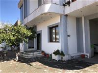 Shitet shtepi private prej 260 m2 ne Elbasan