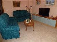 Komplet divane + tavoline + mobilje televizore
