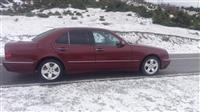 Mercedes 220     2001