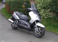 Shitet Yamaha X Max, viti 2008