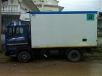 Mercedes benz kamjon frigorifer 817 diesel
