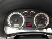 VW Golf 4 Automat 2002 Zvicra.Benzine+Gaz Perfekt